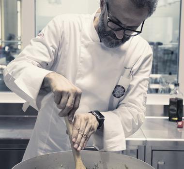 Massimo ambrosiano kitchen