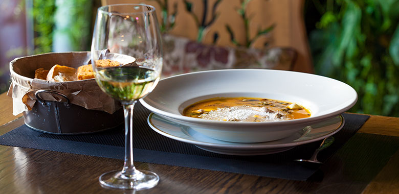 Pairing Wine with Soups – Your Go-To Guide