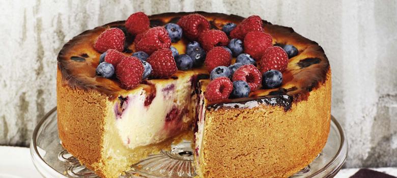 Yarra Valley Cheese | White Choc, Berry & Goats Cheese Cheesecake