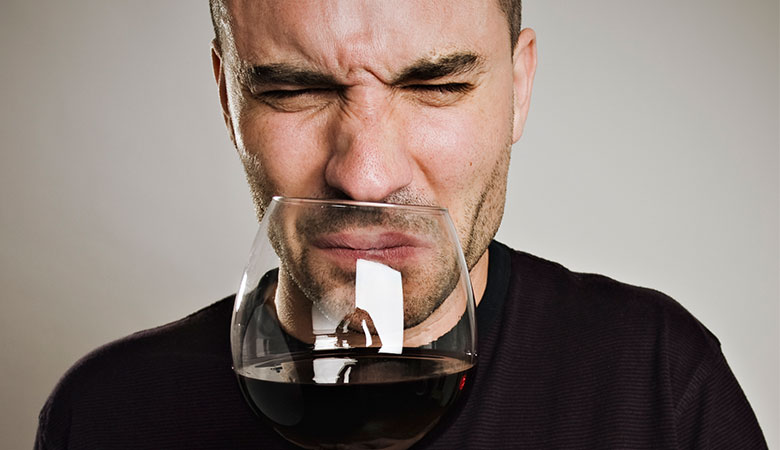 7 Tell-Tale Signs Your Wine Has Gone Bad